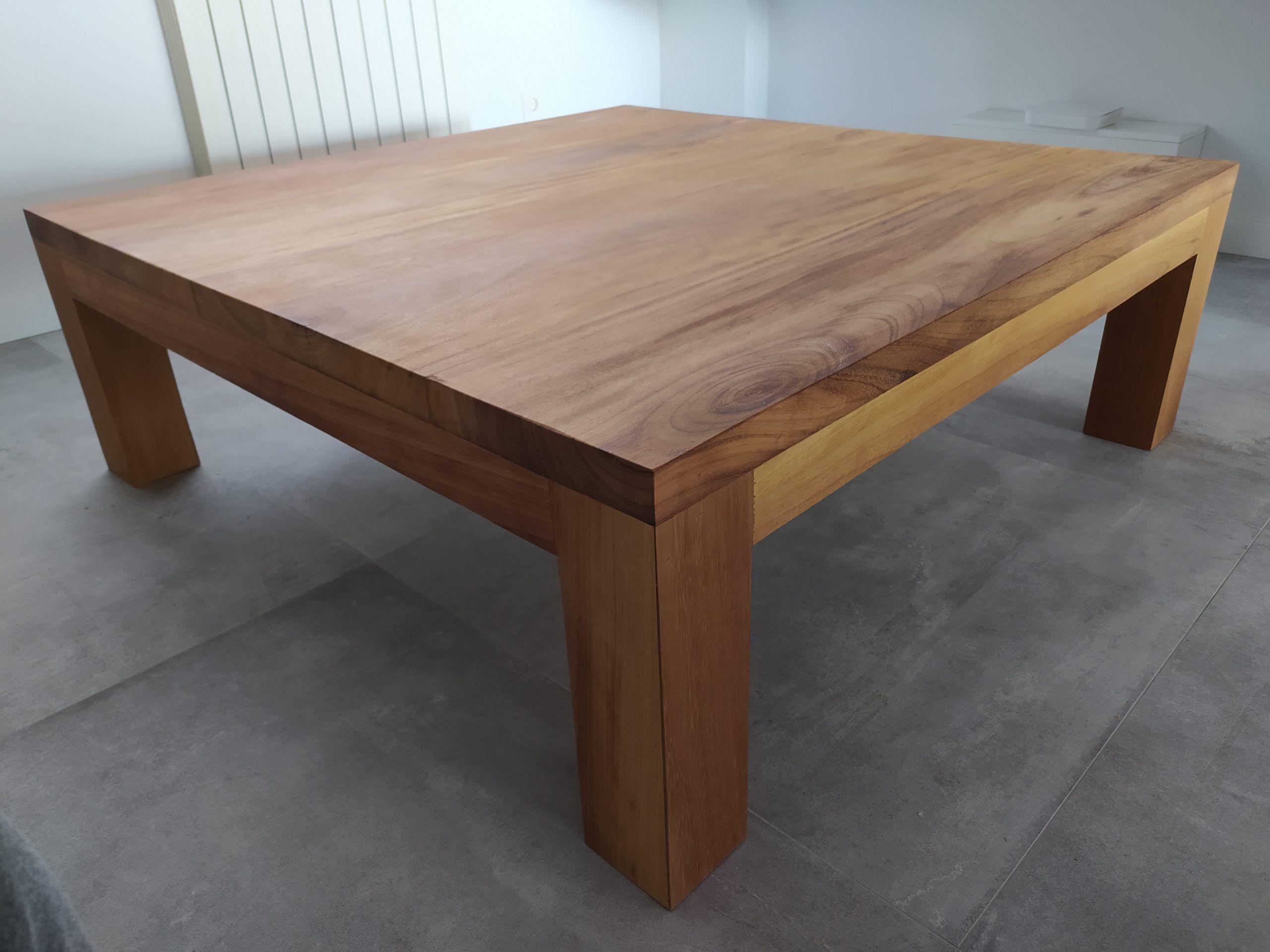 Artybel-mesa-centro-iroko-1