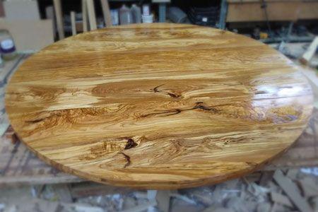 Artybel-fabricacion-mobiliario-a-medida-encimera-de-olivo