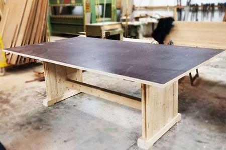 Artybel-fabricacion-mobiliario-a-medida-mesa-estilo-industrial