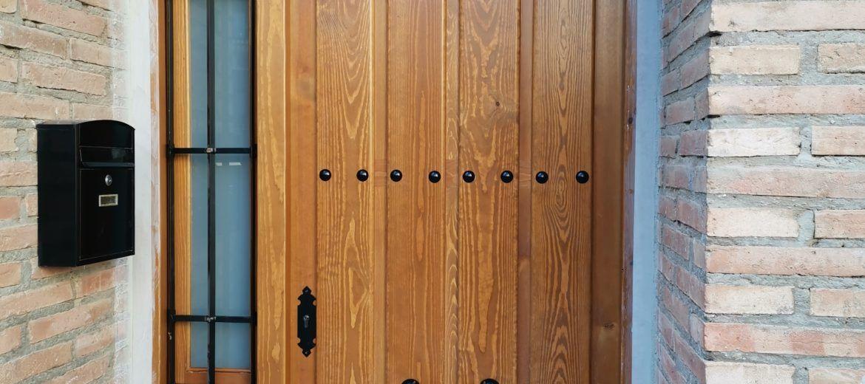 Artybel-puerta-cancela-entrada-pino.