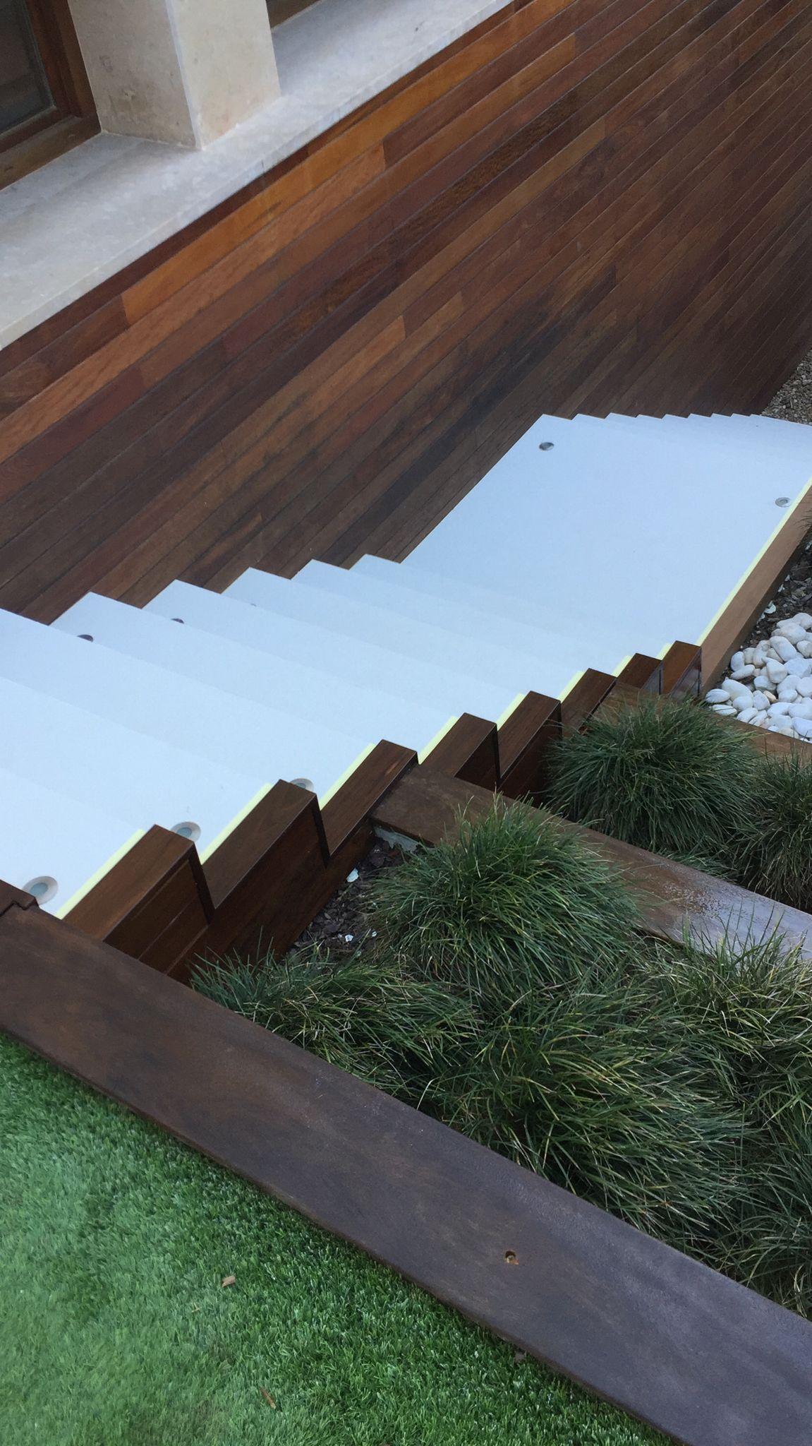 Artybel-jardin-exterior-ipe.