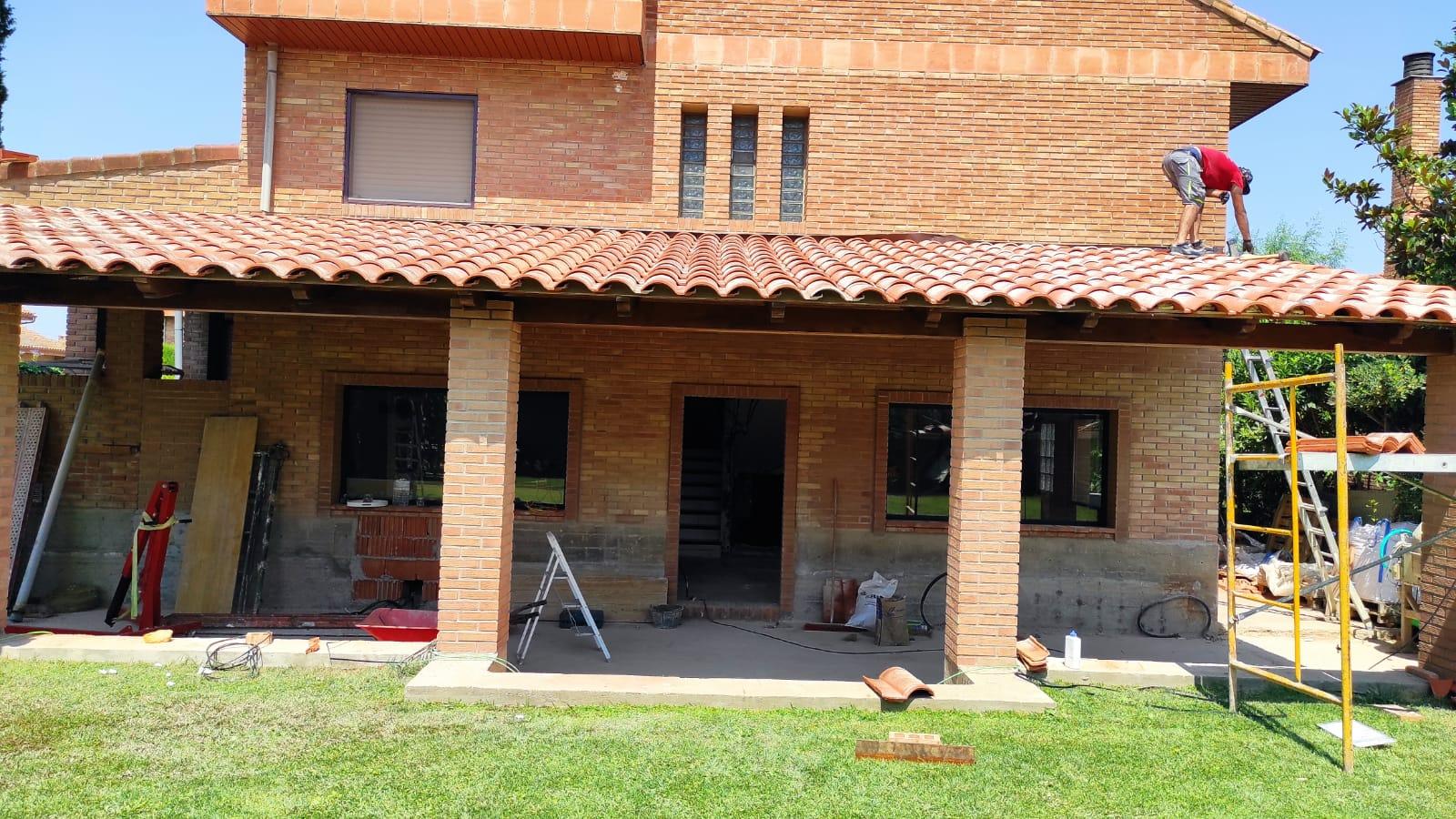 Artybel-porche-setabia-teja-ceramica-cubierta