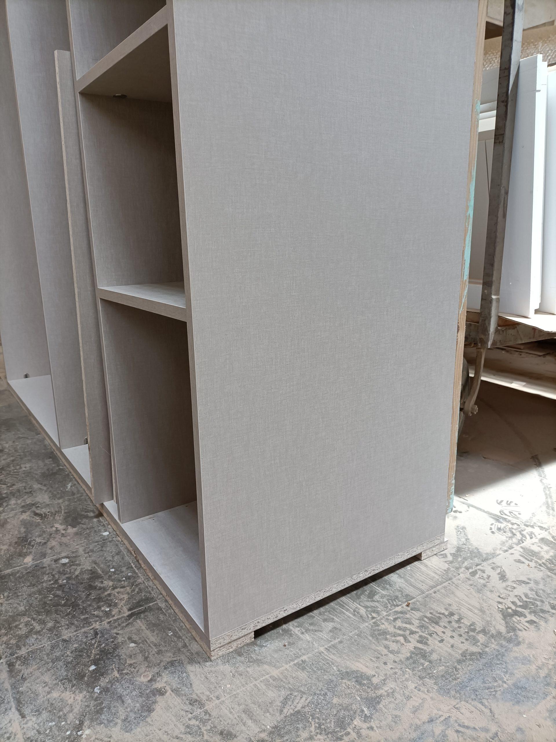 Artybel-suelo-interior-armario